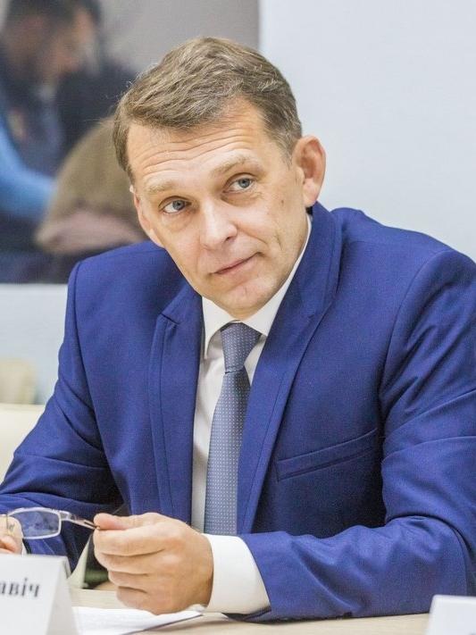<strong>Артемёнок Дмитрий Владиславович</strong>